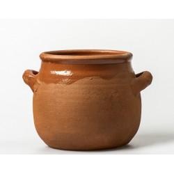 Tall pot in terracotta